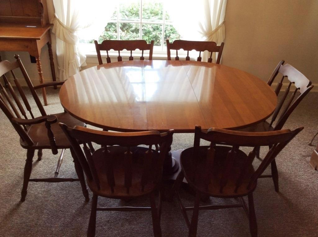 Temple Stuart Rockport Maple Table And