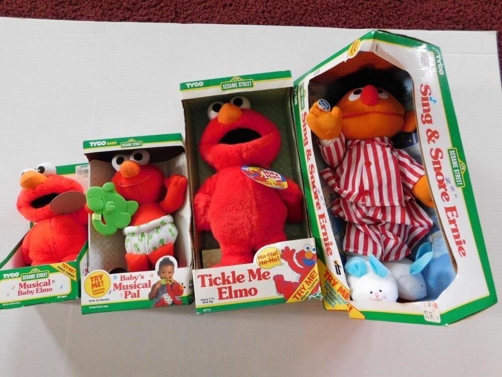 4 Tyco Sesame Street Characters W Box Elmo Ernie Reeds