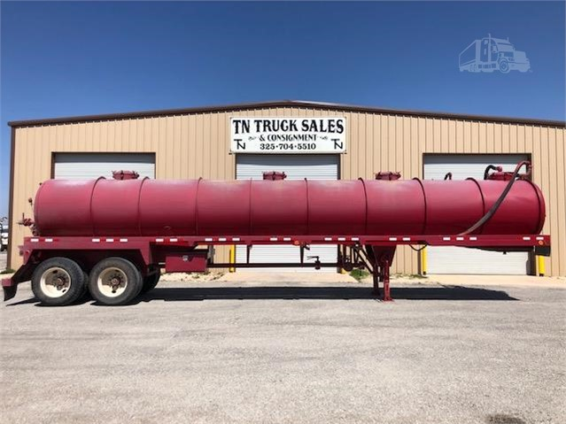 2011 OVERLAND 150BBL VAC TRAILER For Sale In Tye, Texas | TruckPaper com