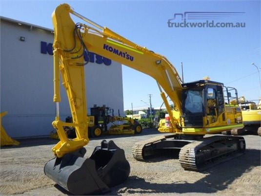 2013 Komatsu HB215 LC-1 - Heavy Machinery for Sale