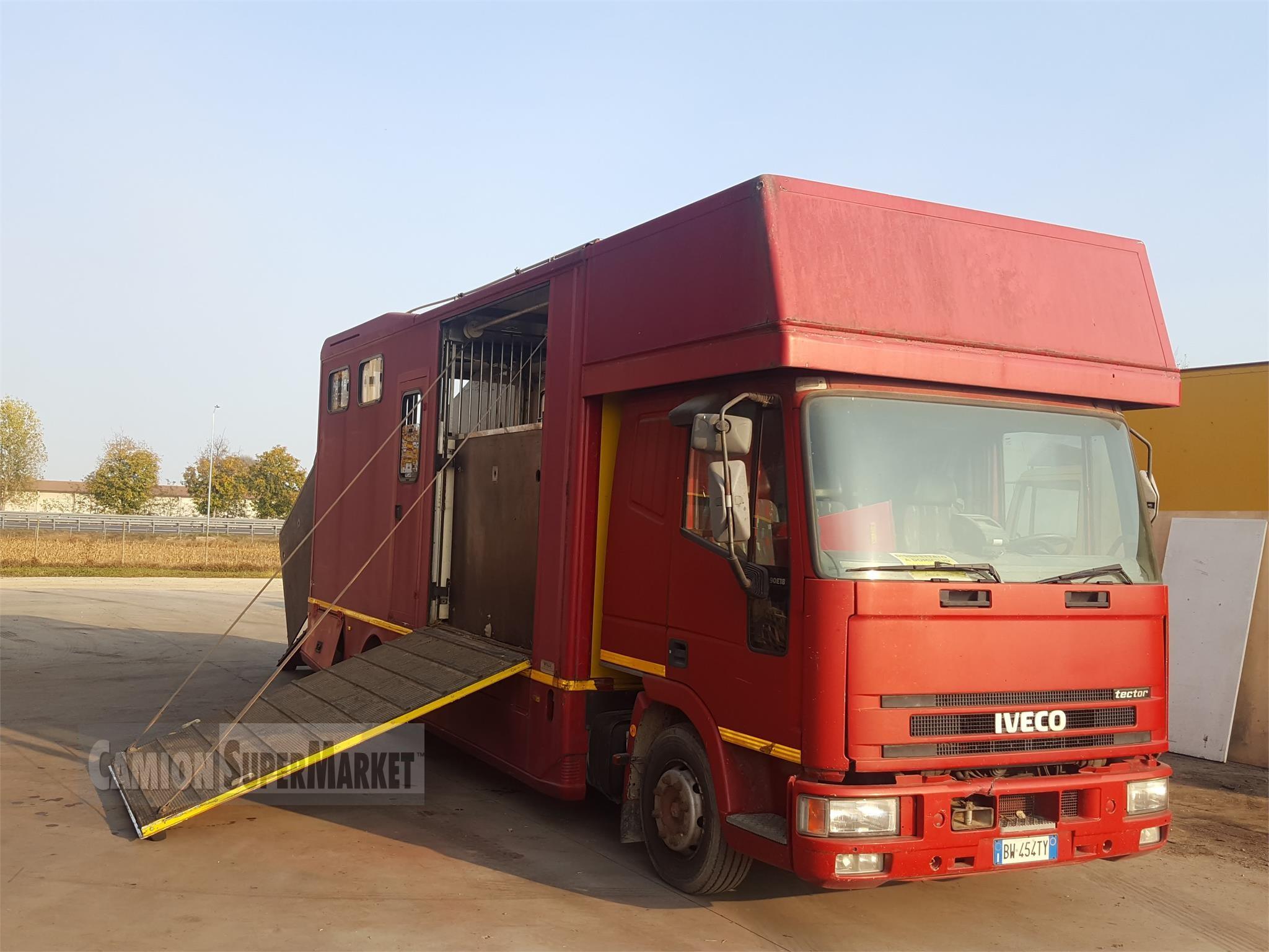 Iveco EUROCARGO 90E18 Usato