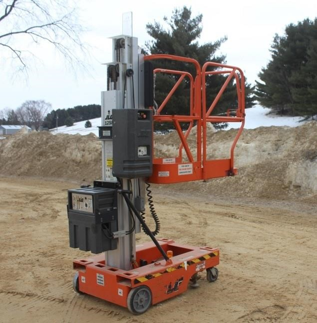 2001 JLG 12SP PUSH AROUND PERSONAL MAN LIFT | SPENCER SALES