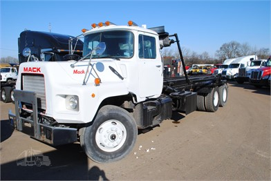1999 Mack Rd688s Roll Off Truck For Sale 643347 Va