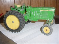 APRIL 23, 2018 ONLINE ANTIQUE TRACTOR, PARTS, ANTIQUES AUCTI