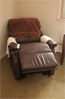 Power Lift Chair (quiet, works good, needs reupholstered) image 3 of 5
