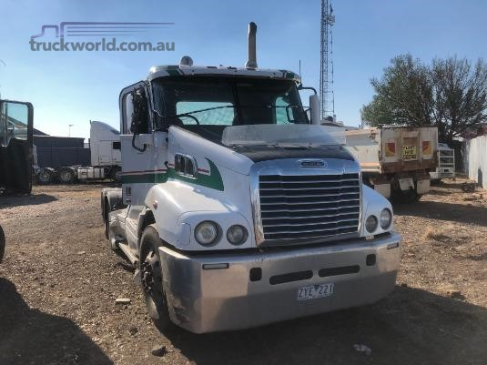 2011 Freightliner Century C(S/T)112 - Wrecking for Sale