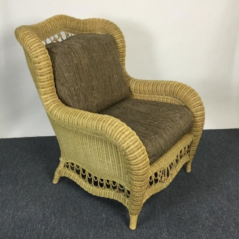 Ethan Allen Home Collection Wicker Side