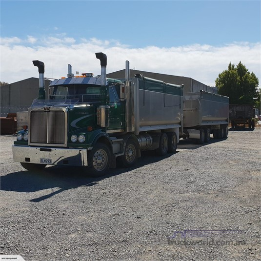 2008 Western Star 4864FX - Trucks for Sale