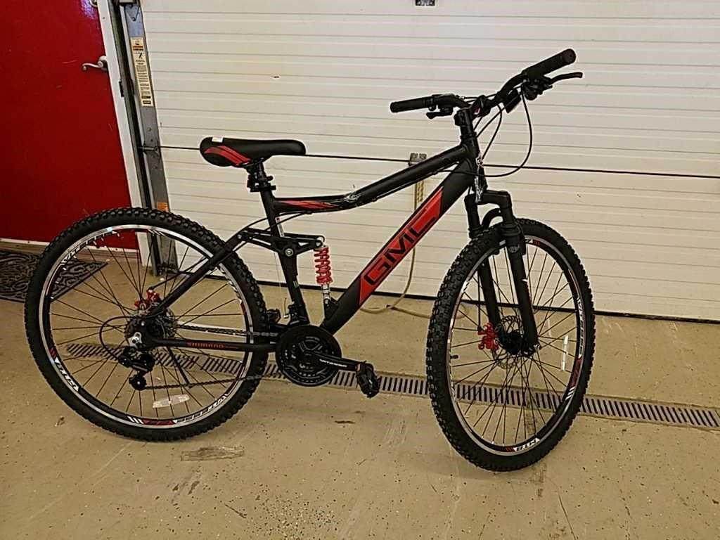 New Gmc Canyon 21 Speed Bicycle Vitesse Cedar Valley Iowa Realty Auction Co