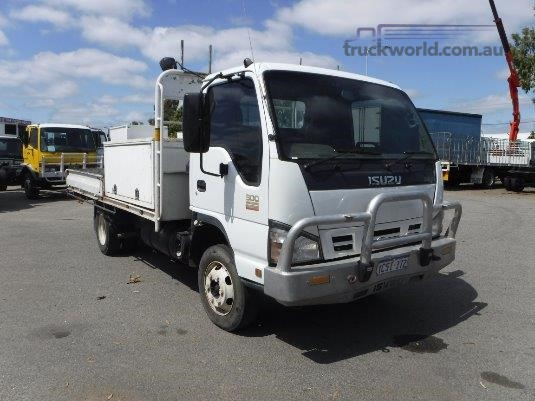 2007 Isuzu NPR 300 Raytone Trucks - Trucks for Sale