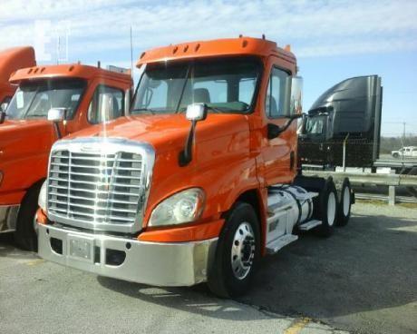 2013 Freightliner Cascadia >> Lot 2013 Freightliner Cascadia 125