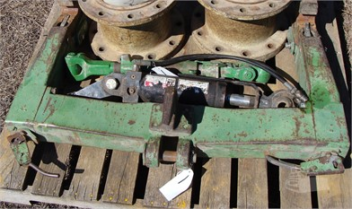 JOHN DEERE CAT 2 QUICK HITCH Auction Results - 1 Listings
