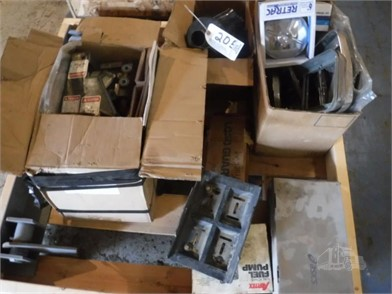 Hydraulic Pump & Related Items Other Auction Results In Iowa - 1