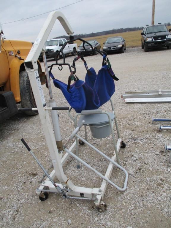 Strange Handicap Hydraulic Lift Potty Chair Graber Auctions Pabps2019 Chair Design Images Pabps2019Com