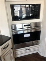 Designer Cabinets & High End Appliances
