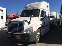 2011 Freightliner Cascadia | Apple Towing Co