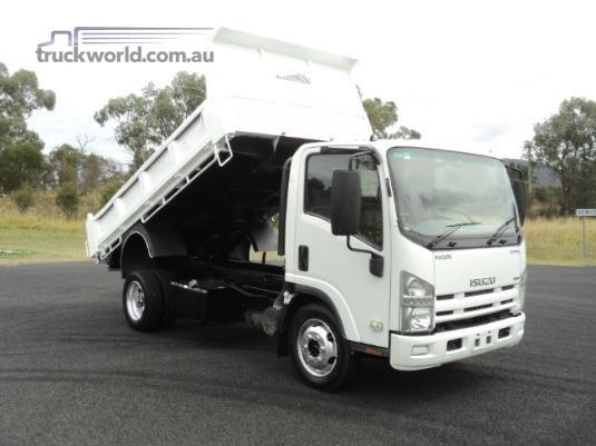 2011 Isuzu NQR450 Trucks for Sale