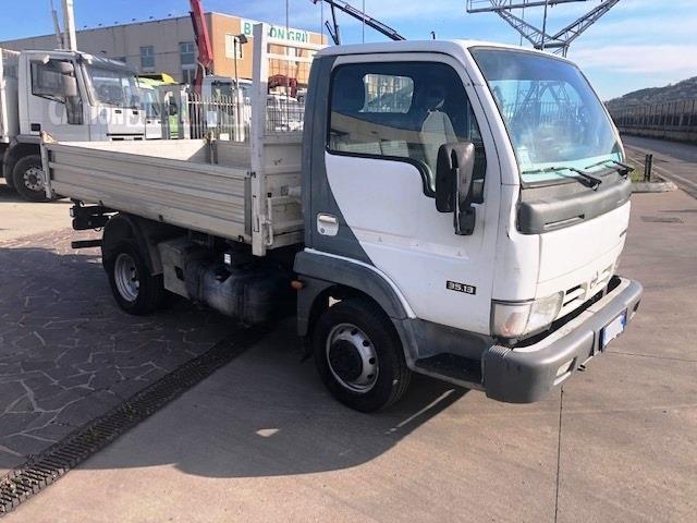 Nissan CABSTAR 35.13 Usato 2004 Veneto