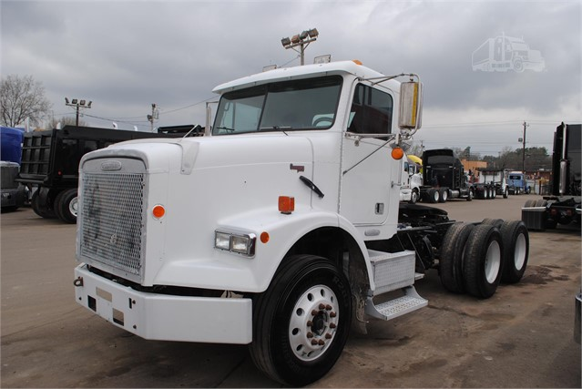 1999 FREIGHTLINER FLD120 CLASSIC For Sale In Covington, Tennessee