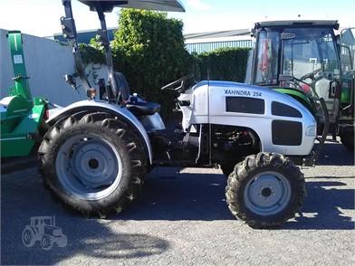 Gebrauchte MAHINDRA Traktoren Zum Verkaufen - 1055