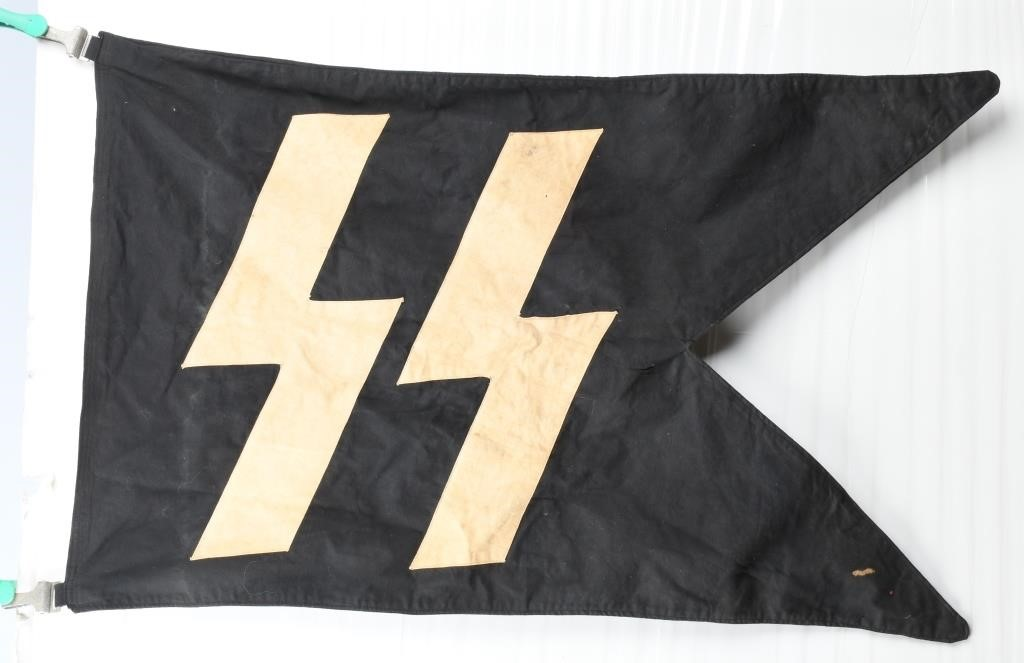 WWII NAZI GERMAN SS PENNANT - FLAG | Milestone Auctions