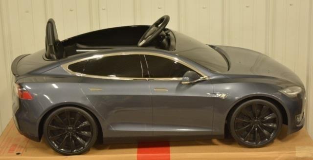 radio flyer tesla model s kids electric car kraft auction service auctions