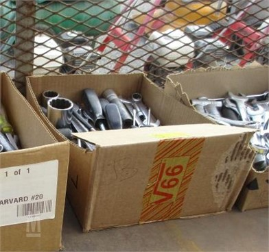 BOX OF TOOLS Other Auction Results - 4 Listings | MarketBook