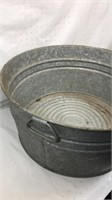 Vintage Galvanized Wash Tub 11in tall 22in