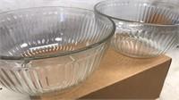 "2 Pyrex Clear Mixing Bowls 8 1/2"" x 4"""
