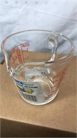Pyrex Glass 1 Cup Liquid Measure unused