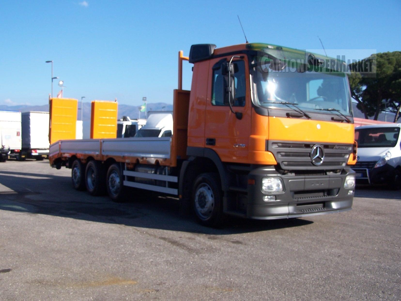 Mercedes-Benz ACTROS 3236 Usato 2009
