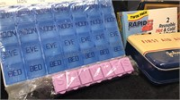 Lot of plastic pill containers hot / cold packs