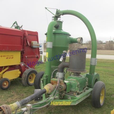 Handlair 660 grain vac | HiBid Auctions