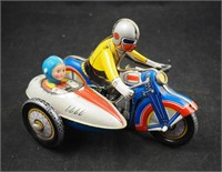 Antiques & Collectibles Auction