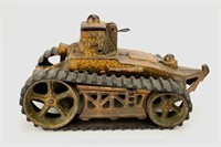 Toy Diecast Tank #400 w/Rubber Belts by Arcade