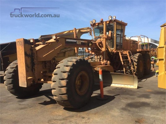 2006 Caterpillar 16H Heavy Machinery for Sale