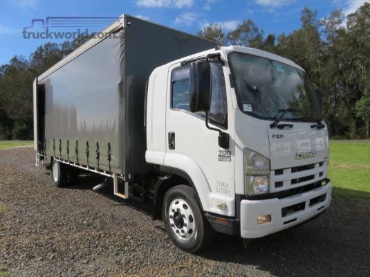 2012 Isuzu FSR700 - Trucks for Sale