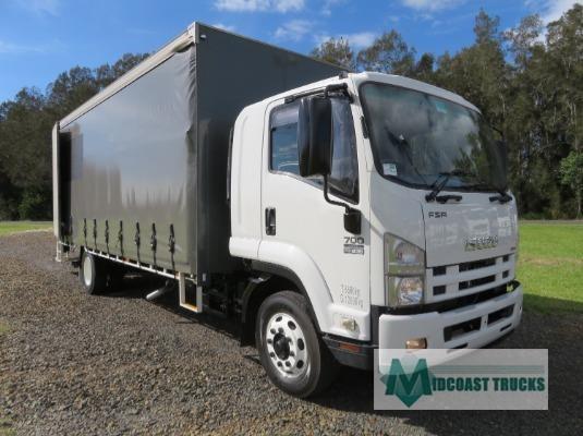 2012 Isuzu FSR700 Midcoast Trucks - Trucks for Sale