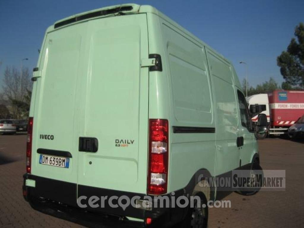 Iveco DAILY 35S14 Usato 2007 Lombardia