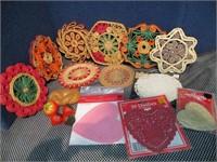 Retro Decor; Collection Raffia Woven Trivets