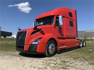 Volvo Vnl64t860 Conventional Trucks W Sleeper For Sale In