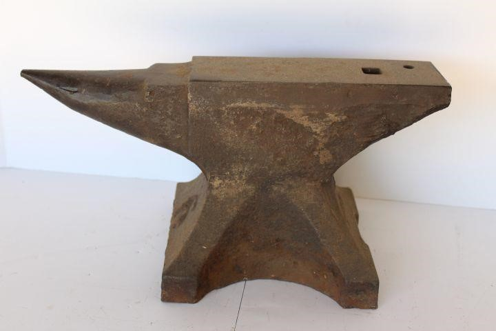 Fisher No  6 Anvil | Rusty by Design