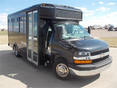 Chevrolet Express G3500 Shuttle Bus Auction Results 175 Listings Marketbook Ca Page 1 Of 7
