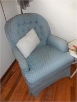 Blue Sitting Chair, Two Tiered Table, Floor Lamp &