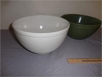 3) Professional Emeril Nesting Bowls