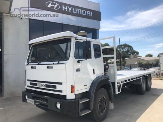 2007 International Acco 2350G Trucks for Sale