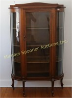OAK CURVED GLASS SINGLE DOOR CHINA CABINET
