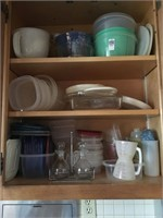 Tupperware and Pyrex measuring cup's