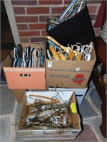 Box lot of hangers