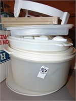 Plastic kitchen storage containers